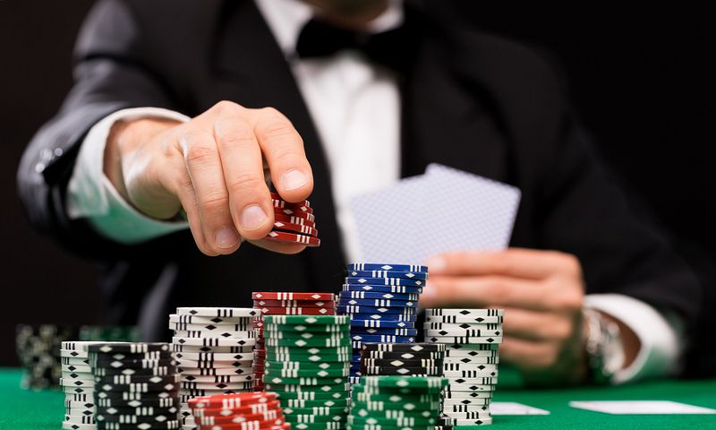 Top 5 Tips for Winning at Online Poker — BitcoinChaser